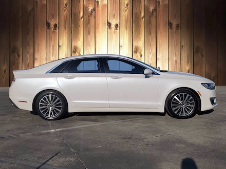 Featured Used 2018 Lincoln MKZ Premiere Premiere FWD for sale in Tampa, FL