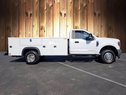 Featured Used 2019 Ford Super Duty F-350 DRW XL XL 4WD Reg Cab 169 WB 84 CA for sale in Tampa, FL