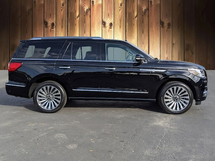 Featured Used 2018 Lincoln Navigator Reserve 4x4 Reserve for sale in Tampa, FL