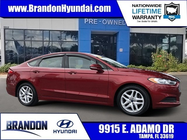 2016 Ford Fusion SE Leather - Sunroof - Power Seat Sedan