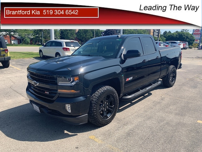 2018 Chevrolet Silverado 1500 Z71 | 4x4 | V8 | Blackout Edition Truck Double Cab Gas 6 speed automatic 4x4 Black