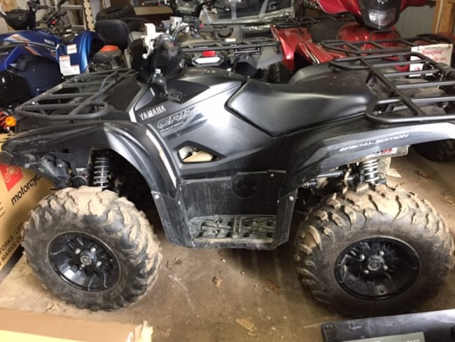 2016 YAMAHA Grizzly 700 EPS  SE =LOW KM=