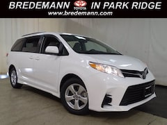 2020 Toyota Sienna LE 8 Passenger Van DYNAMIC_PREF_LABEL_INVENTORY_LISTING_DEFAULT_AUTO_NEW_INVENTORY_LISTING1_ALTATTRIBUTEAFTER