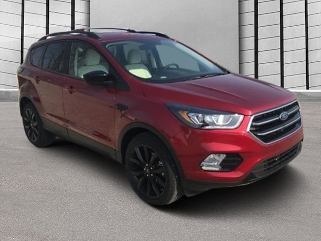 Used 2018 Ford Escape SEL SUV for sale in Bremen, IN
