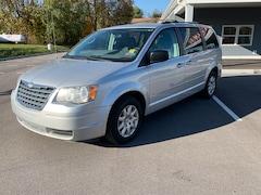 Used 2009 Chrysler Town & Country LX Van in Carlisle PA