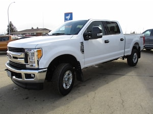 2017 Ford Super Duty F-350 SRW XLT Value Package