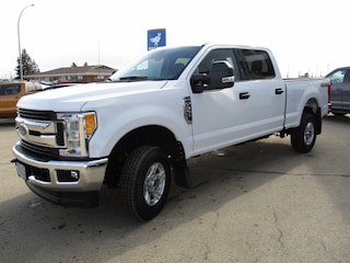2017 Ford Super Duty F-350 SRW XLT Value Package Truck Crew Cab
