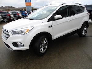 2018 Ford Escape Titanium, Certified Pre Owned 1.9% Finance