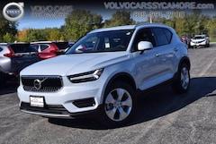New 2020 Volvo XC40 T4 Momentum SUV near Geneva, IL