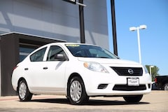 Used 2012 Nissan Versa S Sedan under $10,000 for Sale in Sycamore