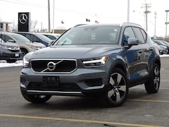 New 2019 Volvo XC40 T5 Momentum SUV YV4162UK5K2088932 for sale in Sycamore, IL