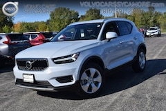 New 2020 Volvo XC40 T4 Momentum SUV for sale in Sycamore, IL