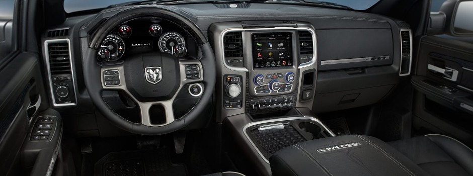 2017 Ram 1500 interior in Sycamore, IL