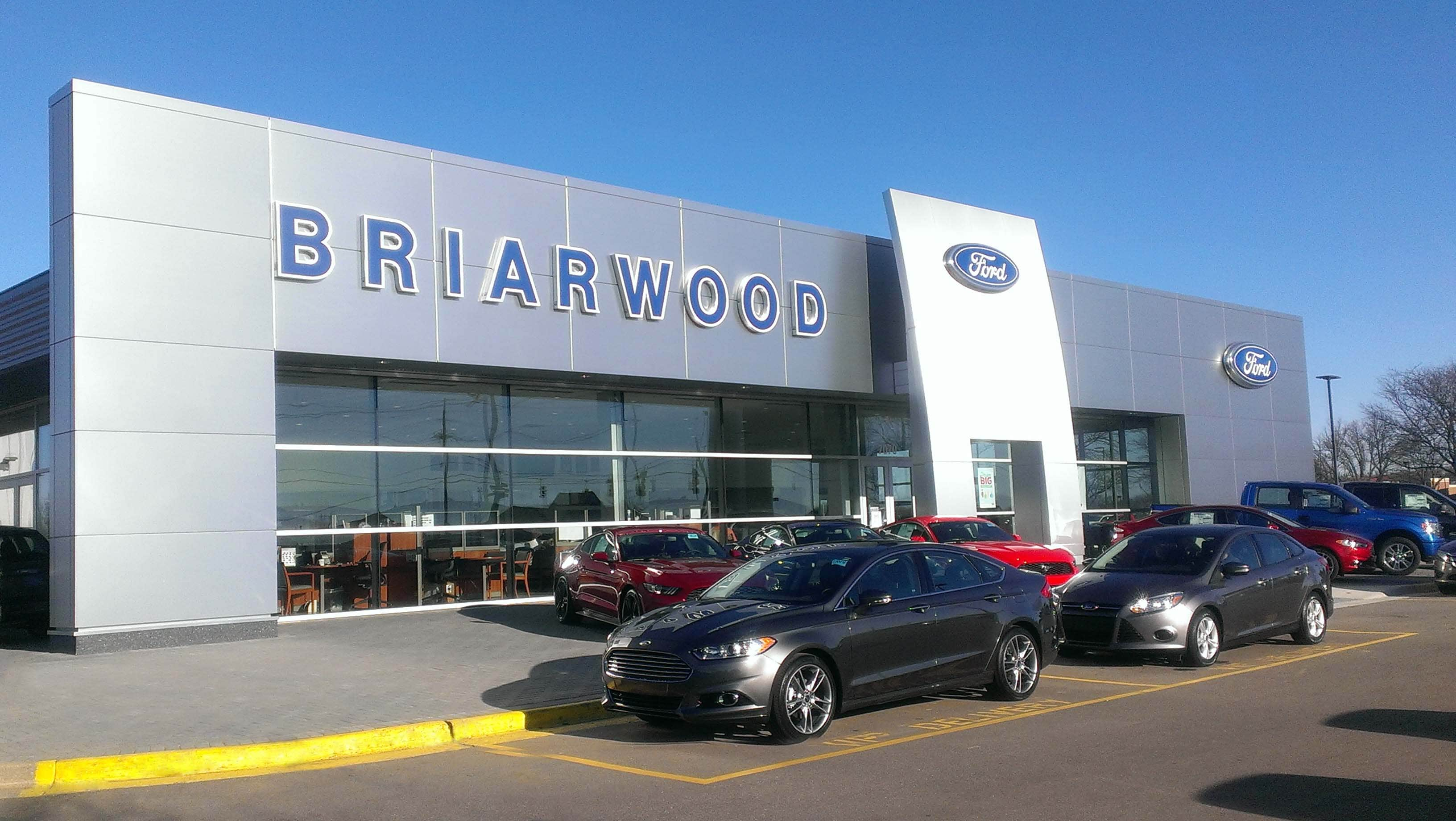 New and Used Ford dealership in Saline