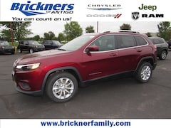 2019 Jeep Cherokee LATITUDE FWD Sport Utility for sale in Antigo, WI