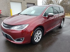 Used 2019 Chrysler Pacifica For Sale in Wausau, WI