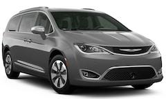 New 2020 Chrysler Pacifica Hybrid Passenger Van in Wausau