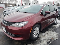 New 2018 Chrysler Pacifica Passenger Van in Wausau
