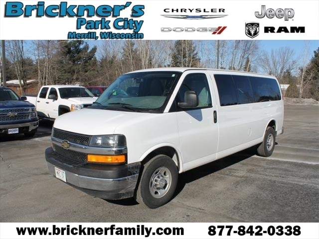 2017 Chevrolet Express 3500 LT Minivan/Van