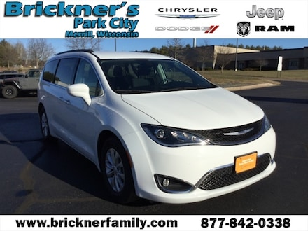 2019 Chrysler Pacifica Touring Plus Minivan/Van