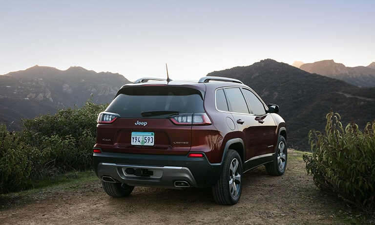 2021 Jeep Cherokee Exterior Parked Along Mountain Range
