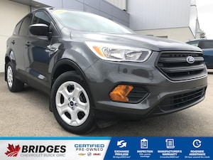 2017 Ford Escape S**AWD | Backup cam**