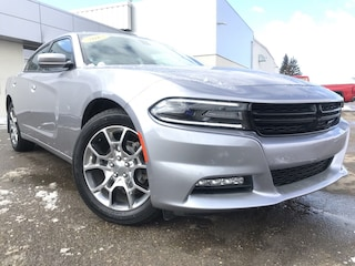 2015 Dodge Charger SXT**AWD | One owner | low mileage** 4dr Car