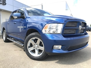 2011 Ram 1500 Sport**Leather | Roof | Nav** Crew Cab Pickup