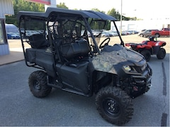 2015 HONDA SXS700M4CF - ONLY 1250 KM'S - INCLUDES PLOW
