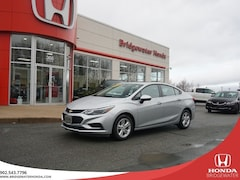 2018 Chevrolet Cruze LT TURBO - LOW KMs - Dealer Maintained - Very Clea Sedan