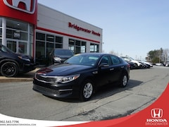 2018 Kia Optima LX - LUXURY - LOW KMs Sedan