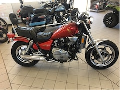 1986 HONDA Magna 750 - SHOWROOM CONDITION