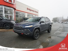 2018 Jeep Cherokee Trailhawk - Single Owned - Non Fleet AWD SUV