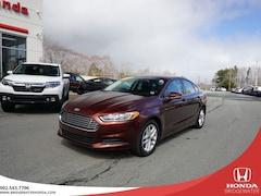 2015 Ford Fusion SE - Single Owner - LOW MILEAGE - Clean Carproof Sedan