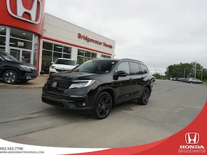 2019 Honda Pilot Black Edition - AWD - Almost New!! 7 Seater! AWD