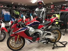 2018 HONDA CBR1000RR Super Sport - SAXE $2000 at Bridgewater Honda Powerhouse