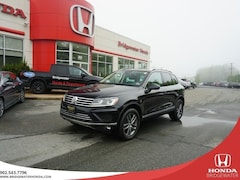 2015 Volkswagen Touareg Highline - LOW KM'S, ONE OWNER AWD TDI SUV