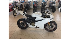 2013 DUCATI 1199 Panigale S ONLY 5,900 KM's - LIKE NEW !!