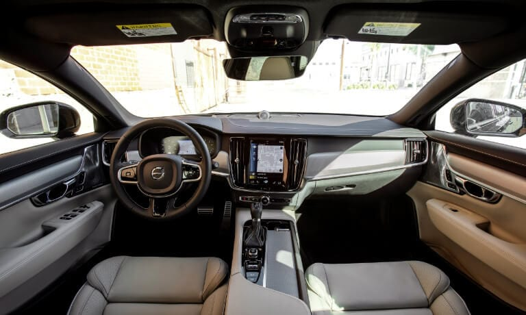 2021 Volvo V90 interior dashboard view
