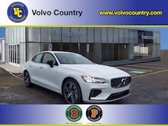 2021 Volvo S60 Recharge Plug-In Hybrid T8 R-Design Sedan