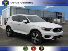New 2019 Volvo XC40 T5 Momentum SUV for sale in Somerville, NJ at Bridgewater Volvo