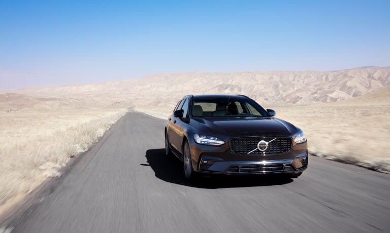 2020 Volvo V90 front side driving