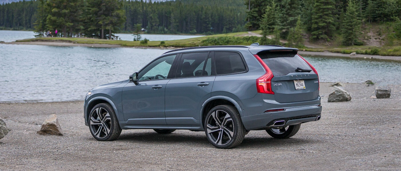 2020 Volvo XC90 parked by a lake outside