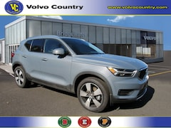 New 2020 Volvo XC40 Momentum AWD T5 AWD Momentum for sale in Somerville, NJ at Bridgewater Volvo