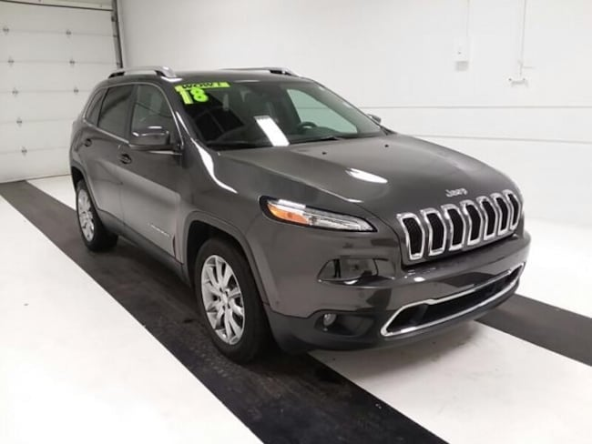 Used 2018 Jeep Cherokee Limited FWD SUV in Topeka KS