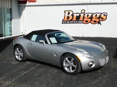 Used 2007 Pontiac Solstice Base Convertible under $10,000 for Sale in Fort Scott