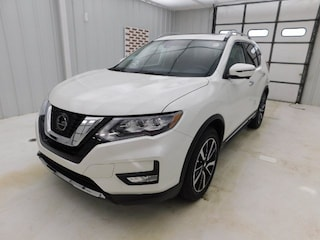 New 2019 Nissan Rogue SL SUV for sale in Manhattan, KS at Briggs Manhattan
