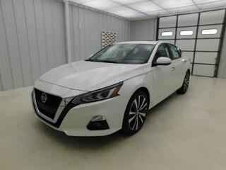 New 2020 Nissan Altima 2.5 Platinum Sedan for sale in Manhattan, KS at Briggs Manhattan