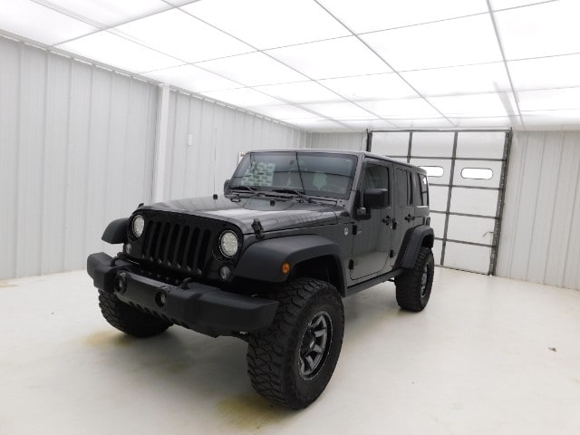 2014 Jeep Wrangler Unlimited 4WD 4dr Willys Wheeler SUV