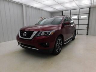 New 2019 Nissan Pathfinder Platinum SUV for sale in Manhattan, KS at Briggs Manhattan